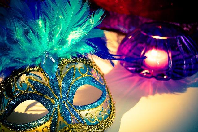 benátské masky.jpg