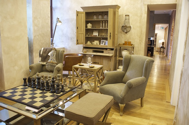 šachovnice na stole